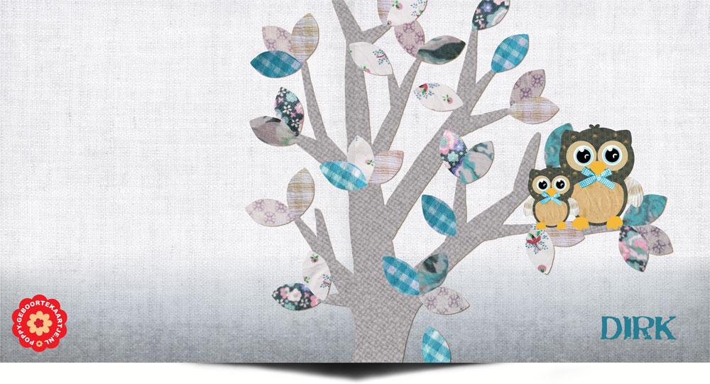 Lief geboortekaartje uiltjes in een boom