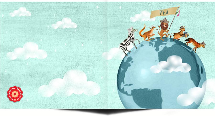 Geboortekaartje wereldbol met dieren voor jongen. Geschikt voor kleine ontdekkingsreizigers en adoptie.