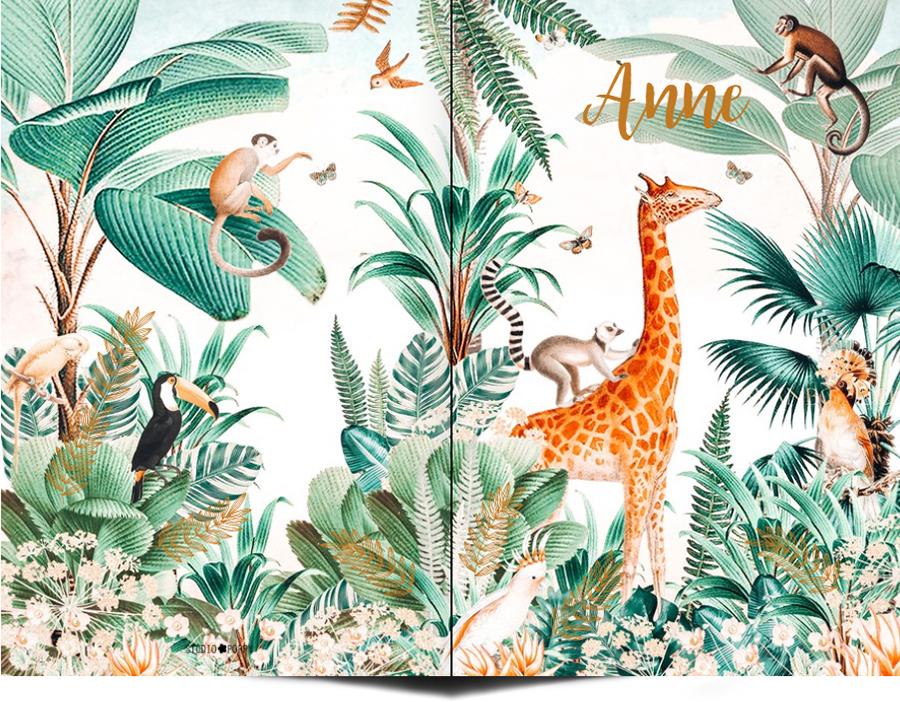 Geboortekaartje retro vintage jungle. Jungle geboortekaartje met weelderige planten en jungle dieren zoals giraf en apen is een bijzonder geboortekaartje voor jullie kindje. Illustratief en heel erg hip. Met de online editor kun je zelf aan de slag om hem helemaal uniek te maken. Vraag van dit jungle geboortekaartje eens een gratis proefdruk aan.